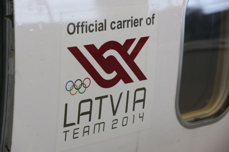 JekabsonsDotCom_airBaltic_plane_OlympicGames_Sotchi_2014_01_DelfiFoto_01